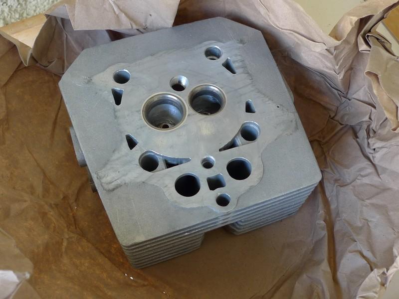 V35 50 RCylinderHead2