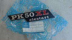 Piaggio Vespa PK 50 XL ELESTART new NOS badge